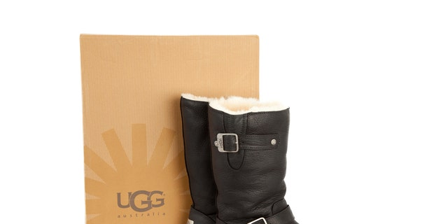 Qantas Airline considers Uggs to be sleepwear, which is not allowed to be worn in the airport lounge.