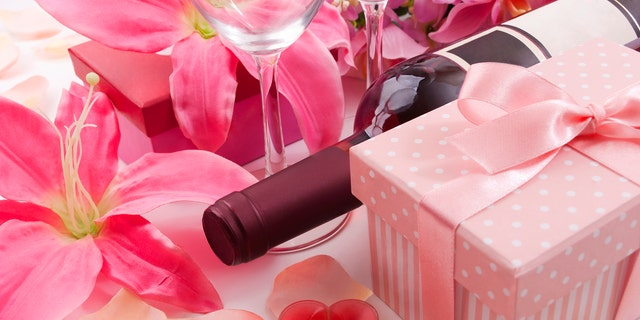 Personalized wine is the perfect way to give your mom the gift of sentiment while also giving something useful.