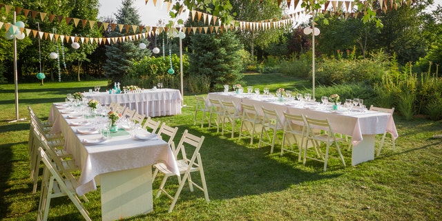 Save Money On Your Wedding 15 Tips To Help Slice Your Budget Fox News