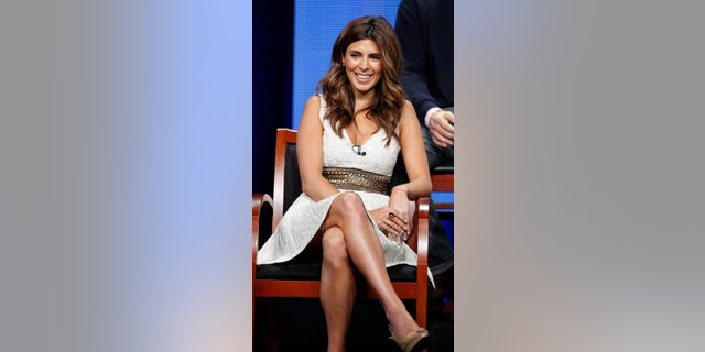 "Cast member Jamie-Lynn Sigler attends a panel for ""Guys With Kids"" during the NBC television network portion of the Television Critics Association Summer press tour in Beverly Hills, California July 24, 2012.  REUTERS/Mario Anzuoni (UNITED STATES - Tags: ENTERTAINMENT) - RTR359R9"