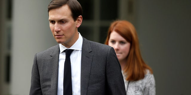 Pilling left a note in the basement and was also carrying a backpack with a notebook that mentioned Jared Kushner in a threatening context, sources said.