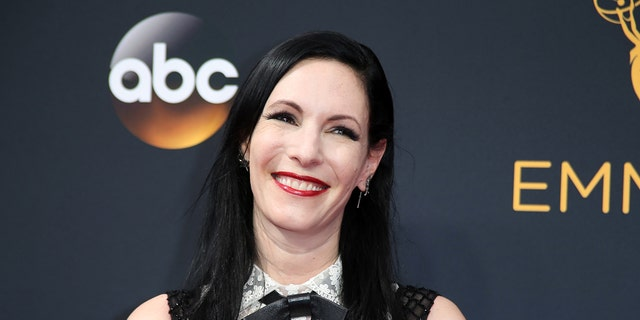 """Actress Jill Kargman, of Bravo's """"Odd Mom Out,"""" arrives at the 68th Primetime Emmy Awards in Los Angeles, California, U.S., September 18, 2016.  REUTERS/Lucy Nicholson - RTSOBQ8"""