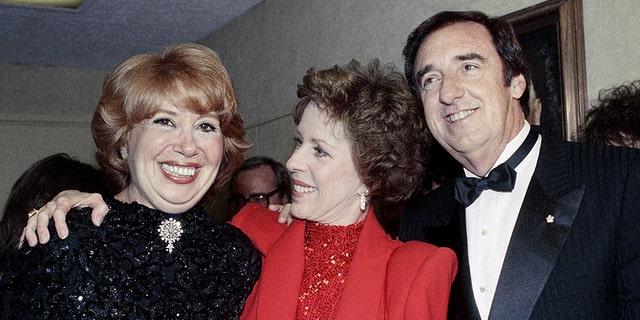 Beverly Sills, Carol Burnett and Jim Nabors on April 26, 1986. (AP Photo/Nick Ut)
