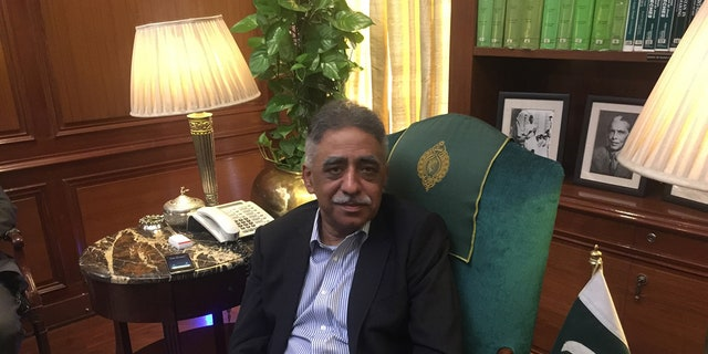 Muhammad Zubairm, the governor of Sindh and former chairman of the Pakistan Privatization Committee.
