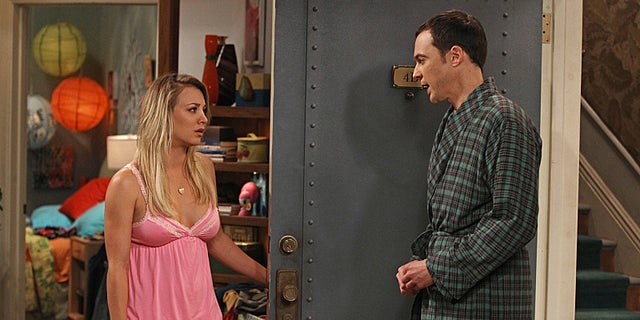 """The Hofstadter Insufficiency"" -- Sheldon (Jim Parsons, right) and Penny (Kaley Cuoco, left) share intimate secrets while Leonard is away at sea, on a special one-hour seventh season premiere of THE BIG BANG THEORY Thursday, Sept. 26 (8:00 – 9:01 PM, ET/PT) on the CBS Television Network. Photo: Monty Brinton/CBS ©2013 CBS Broadcasting, Inc. All Rights Reserved."