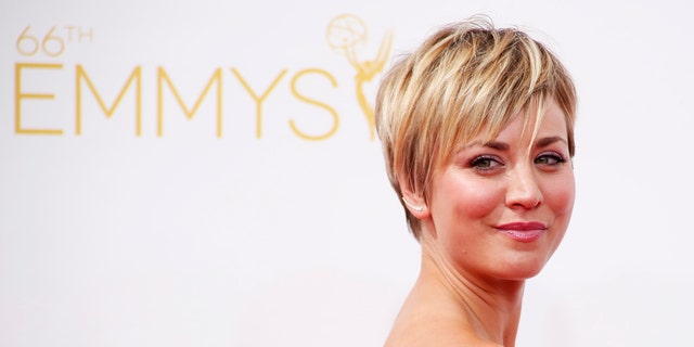 "Kaley Cuoco-Sweeting from the CBS sitcom ""The Big Bang Theory"" arrives at the 66th Primetime Emmy Awards in Los Angeles, California August 25, 2014.  REUTERS/Lucy Nicholson (UNITED STATES -Tags: ENTERTAINMENT)(EMMYS-ARRIVALS) - RTR43Q10"