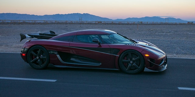 The 278 Mph Koenigsegg Agera Rs Is The New World S Fastest Car Fox