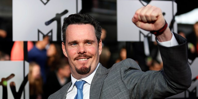 Actor Kevin Dillon arrives at the 2014 MTV Movie Awards in Los Angeles, California April 13, 2014. REUTERS/Danny Moloshok
