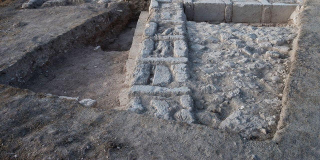Remains of the structure indicate that it was intentionally dismantled, possibly by the Hasmoneans.