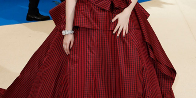 Lena Dunham arrives at the Metropolitan Museum of Art Costume Institute Gala in 2017.