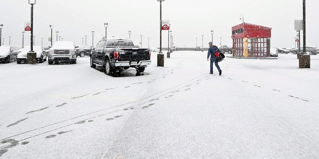 Winter weather advisories were issued from Maine to northern Virginia.