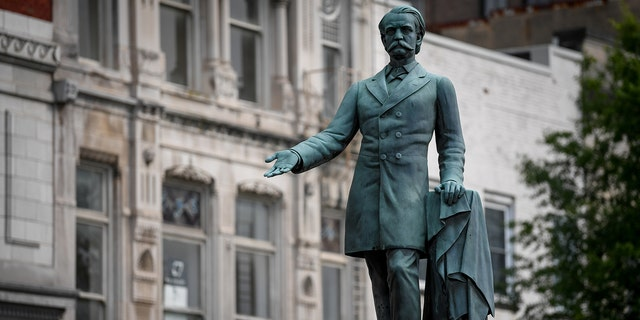 A monument to former U.S. Vice President and Confederate General John Cabell Breckinridge stands outside the Old Courthouse in Lexington, Ky., U.S., August 15, 2017.