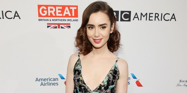 """Lily Collins, who portrays Ted Bundy's longtime girlfriend and ex-fiancéeElizabeth """"Liz"""" Kloepfer in """"Extremely Wicked, Shockingly Evil and Vile"""" said she met the realKloepfer, who was """"gracious"""" and a """"positive light"""" on the set of the film."""