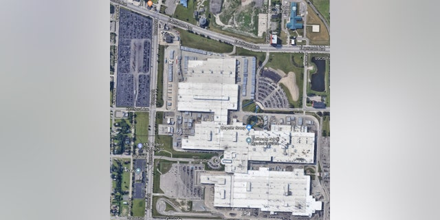The lot (upper left corner) is across the street from the Fiat Chrysler facility.