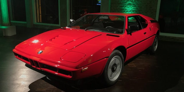 BMW M1 For Sale >> Bmw M1 Supercar Left To Rot In 1982 Now On Sale For A Small
