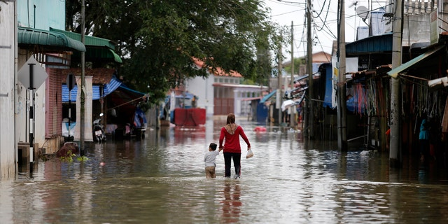 The last time USAID worked with Qatar Charity was during the December 2014 flooding in Malaysia, when the agency transported tents that were provided by Qatar Charity.