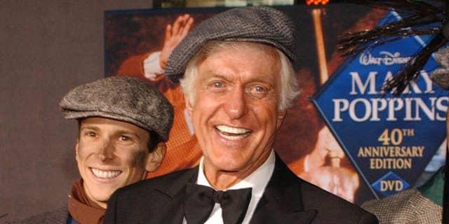 Dick Van Dyke in 2004. — AP