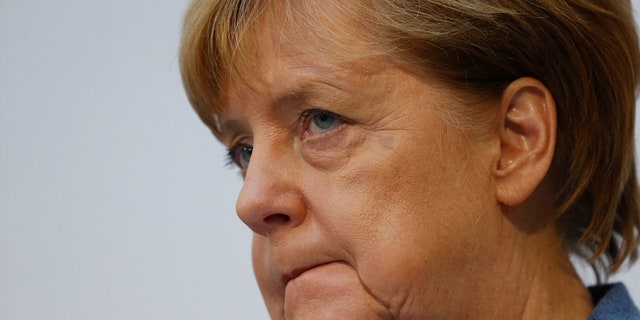 German Chancellor Angela Merkel is seeking a grand coalition. Otherwise, new elections may have to be held.