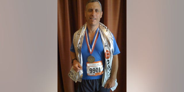 Michael Levin after the 2008 San Francisco Marathon.