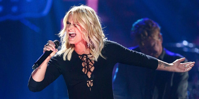 Miranda Lambert reportedly tossed a salad onto a woman during an argument at a Nashville restaurant over the weekend and an onlooker captured video of what happened following the heated moment.