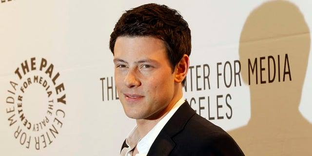 "Cast member Cory Monteith poses at the Paley Center for Media's PlayFest 2011 event honoring the television series ""Glee"" at the Saban theatre in Los Angeles March 16, 2011.  REUTERS/Mario Anzuoni (UNITED STATES - Tags: ENTERTAINMENT) - RTR2JZO3"