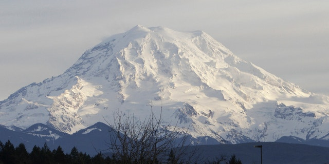 A view of Mount Rainier in Washington state January 1, 2012.