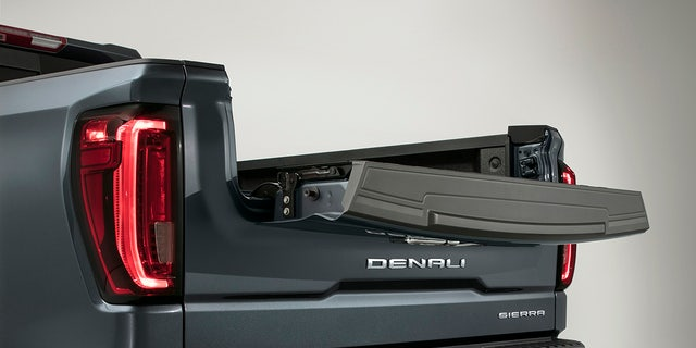 The MultiPro tailgate, seen here on the Sierra Denali, can be opened in a variety of ways.