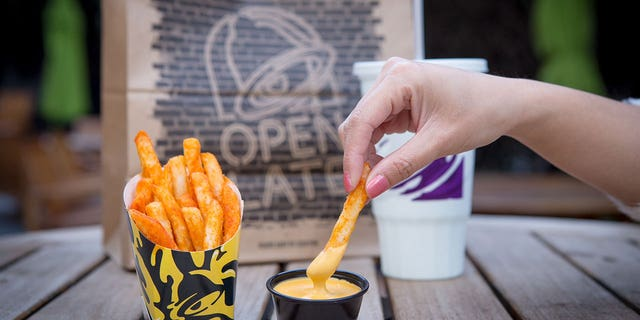 "Taco Bell's new $1 Nacho Fries will be available starting on Jan. 25. Customers can also order ""Supreme"" or ""Bell Grande"" versions for an additional fee."
