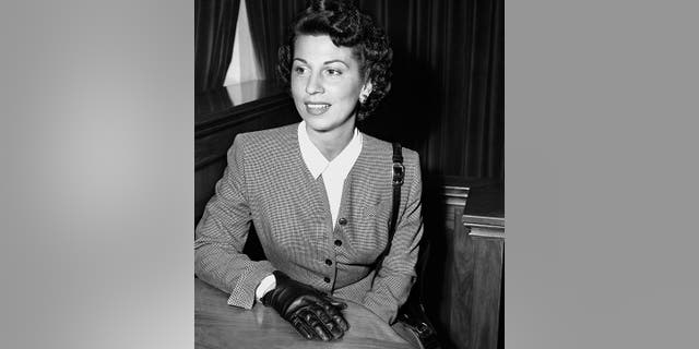 In this Sept. 28, 1950 file photo, Nancy Sinatra Sr. takes the witness stand in Superior Court in Santa Monica, Calif., where she was granted a decree of separate maintenance from singer Frank Sinatra.