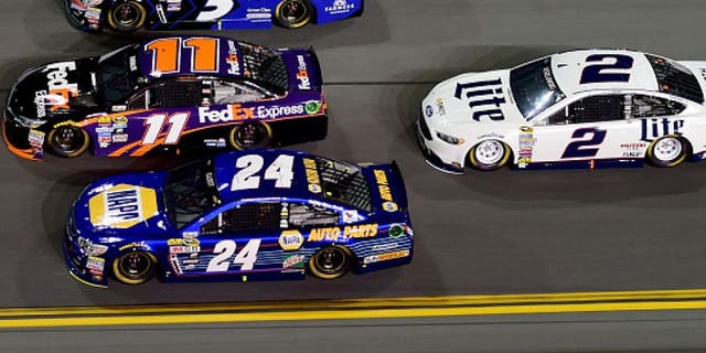 DAYTONA BEACH, FL - FEBRUARY 18: Chase Elliott, driver of the #24 NAPA Auto Parts Chevrolet, Denny Hamlin, driver of the #11 FedEx Express Toyota, and Kasey Kahne, driver of the #5 Farmers Insurance Chevrolet, race ahead of Brad Keselowski, driver of the #2 Miller Lite Ford, during the NASCAR Sprint Cup Series Can-Am Duels at Daytona International Speedway on February 18, 2016 in Daytona Beach, Florida. (Photo by Jared C. Tilton/Getty Images)