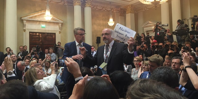 Sam Husseini, the communications director of the Institute for Public Accuracy in Washington D.C. and an opinion writer at the liberal magazine The Nation, was kicked out of the press conference between President Trump and Russian leader Vladimir Putin.