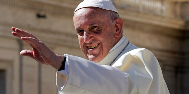 Pope Francis has voiced support for maintaining the status quo in Jerusalem.