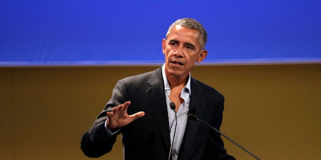 "United States former President Barack Obama talks during the ""Seeds&Chips - Global Food Innovation"" summit, in Milan, Tuesday, May 9, 2017. Obama is in Milan to deliver a keynote speech on food security and the environment, two issues that he has long worked on. (AP Photo/Luca Bruno)"