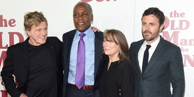 Redford with some the film's cast, Danny Glover, Sissy Spacek and Casey Affleck.