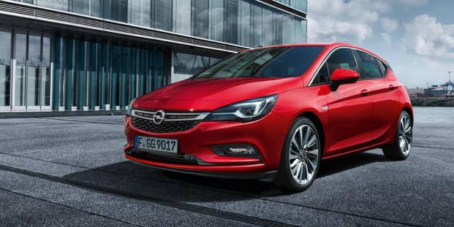 The Opel Astra is sold in the United States as the Chevy Cruze, and neither is capable of going 400 mph.