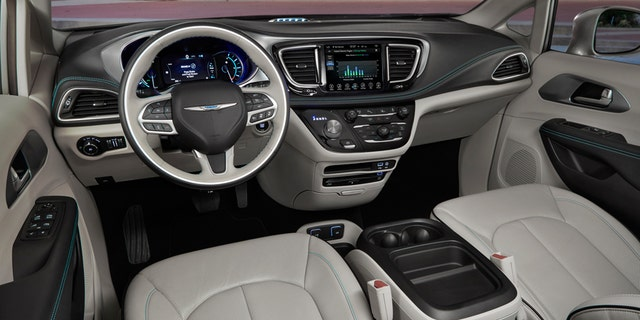 Chrysler Is Playing Up The Tech Angle By Offering Pacific Hybrid In Only Two Leather Upholstered Luxed Trim Levels That Range From 43 090 To
