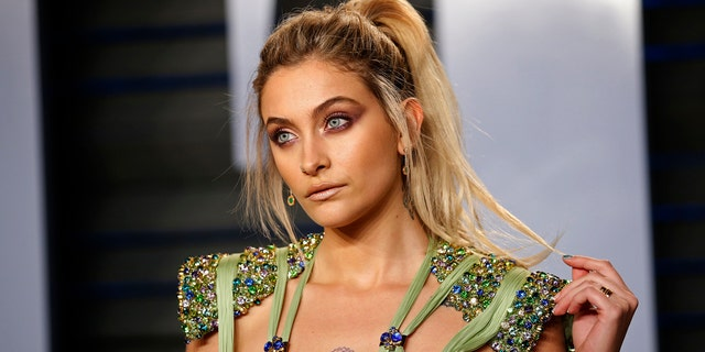 Paris Jackson arrives at the 2018 Vanity Fair Oscar party.