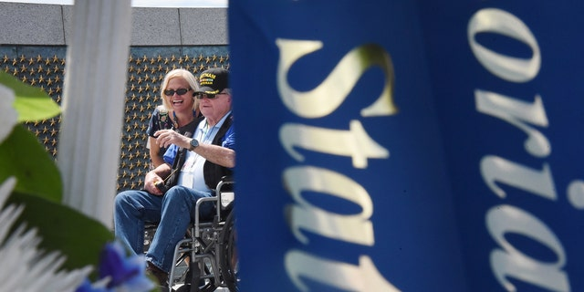 Lang Spicer, a 93-year-old WWII veteran who served as a mechanic in the Navy during the war, met Nancy Griffith in Washington four years ago.