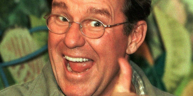 """Phil Hartman was best known for his roles in """"SNL,"""" """"NewsRadio"""" and """"The Simpsons."""""""