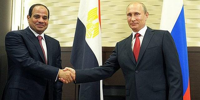 Russian President Vladimir Putin also met with Egyptian President Abdel-Fattah al-Sisi in Sochi lat August. (Kremlin)