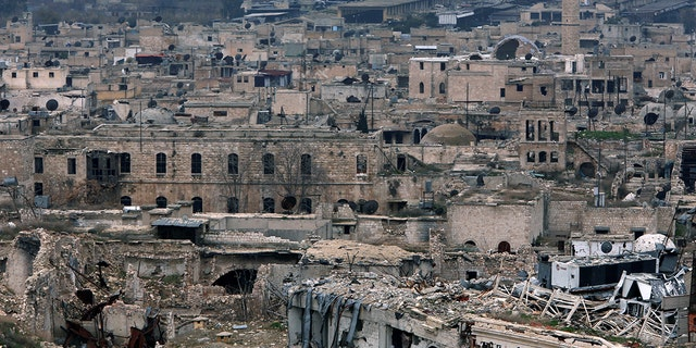 A view shows the damage in the Old City of Aleppo as seen from the city's ancient citadel, Syria January 31, 2017. Picture taken January 31, 2017. REUTERS/Omar Sanadiki - RC1329E7E500