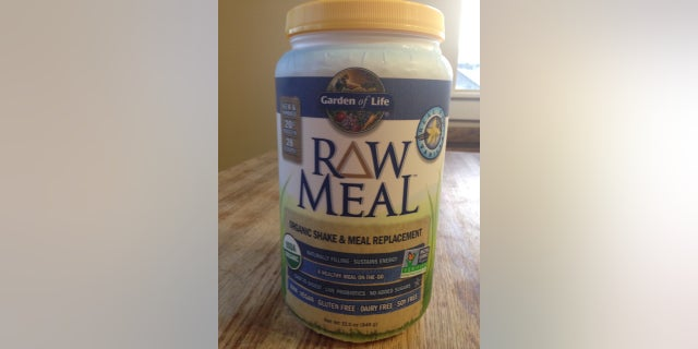 A recalled Garden of Life RAW Meal Organic Shake & Meal product is pictured.