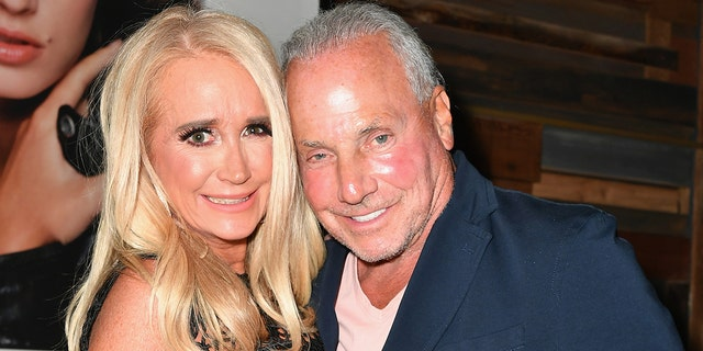 """WEST HOLLYWOOD, CA - AUGUST 28:  Kim Richards (L) and Wynn Katz attend the premiere of WE tv's """"Marriage Boot Camp Reality Stars"""" at HYDE Sunset: Kitchen + Cocktails on August 28, 2018 in West Hollywood, California.  (Photo by Earl Gibson III/Getty Images for WE tv )"""