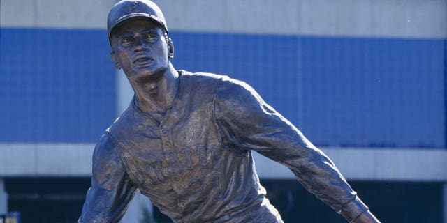 PITTSBURGH - OCTOBER 16: Roberto Clemente statue outside Three Rivers Stadium is shown on October 16, 1994 in Pittsburgh, Pennsylvania. (Photo by Doug Pensinger/Getty Images)
