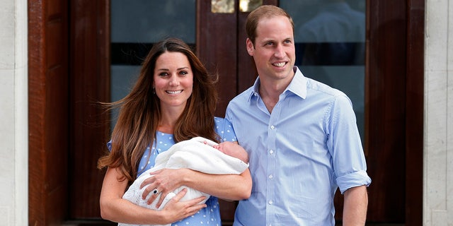 Middleton's blue gown upon leaving the hospital with Prince George in 2013 was also reminiscent of the polka-dot gown Princess Diana wore after giving birth to Prince William.