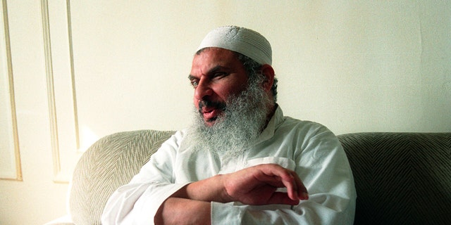 """Sheik Omar Abdul Rahman answers questions during a February 20, 1993, interview.  Sheik Omar Abdul Rahman said in a March 5, 1993 statement that he """"unequivocally denounced the bombing.""""  Reuters/Mike Segar - RTR1DBX6"""