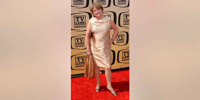 Actress Lauren Tewes arrives at the 8th Annual TV Land Awards in Los Angeles, California April 17, 2010. REUTERS/Gus Ruelas (UNITED STATES - Tags: ENTERTAINMENT) - RTR2CY9J