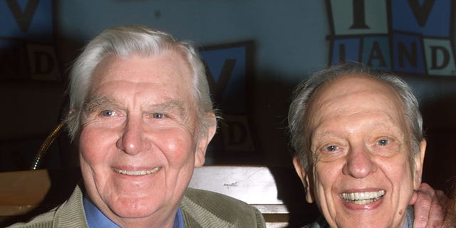 """Actor Don Knotts, best known for his role as Deputy Barney Fife on the popular 1960's television series """"The Andy Griffith Show,"""" poses at a luncheon honoring Knotts with actor Andy Griffith. Knotts received a star on the Hollywood Walk of Fame on Janaury 19.  FSP/HB - RTRGI8"""
