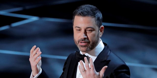 90th Academy Awards - Oscars Show – Hollywood, California, U.S., 04/03/2018 – Host Jimmy Kimmel opens the show. REUTERS/Lucas Jackson - HP1EE350310T0