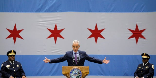 Chicago Mayor Rahm Emanuel delivers a speech on the city's surge in violence in Chicago, Sept. 22, 2016.